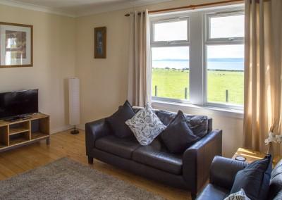 laggan-cottage-livingroom